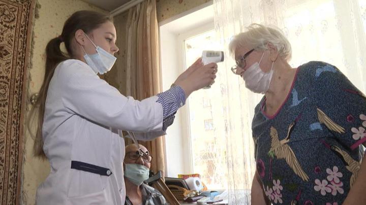В Москве граждан стали вакцинировать на дому