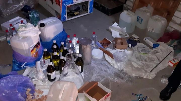 В Волгограде сотрудники ФСБ задержали организатора нарколаборатории