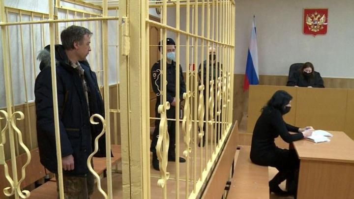 В Архангельске избрали меру пресечения подозреваемому в поджоге избы с рыбаками