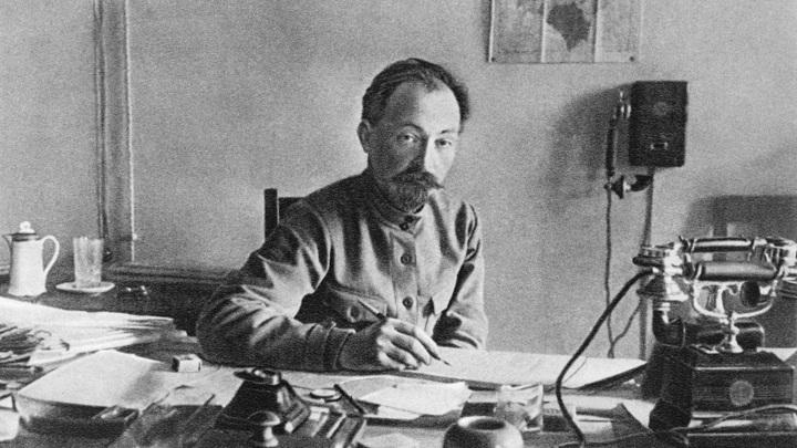 Опубликовано письмо Дзержинского о слежке за Сталиным