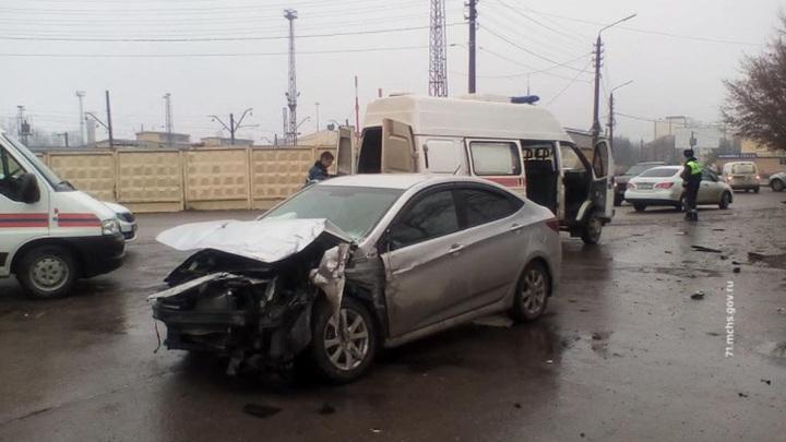 В ДТП с автобусом в Туле пострадали около 20 человек