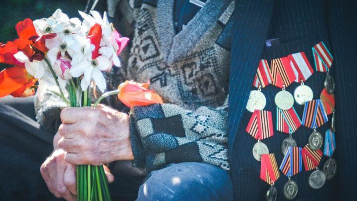 Прокуроры вступились за 94-летнего ветерана, заплатившего 2,5 млн рублей за протечку
