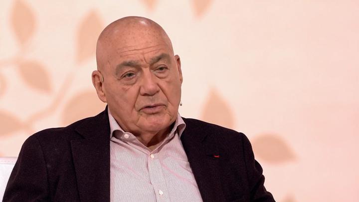 Владимир Познер раскрыл детали смерти отца в самолете