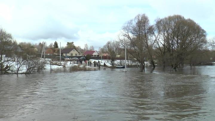 Из-за паводка деревня под Обнинском оказалась в полной изоляции