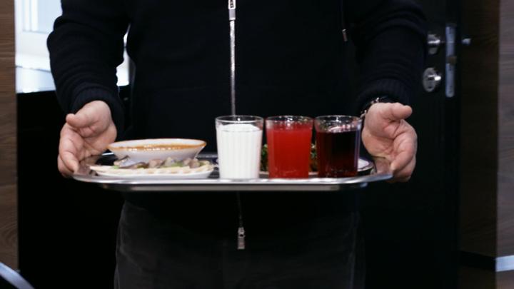 """""""Не было толстых"""": Мясников о пользе советских продуктов"""