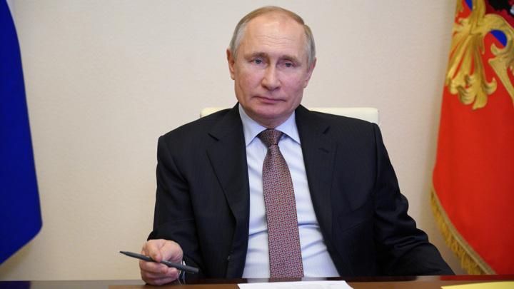 Президент подписал закон о праве баллотироваться еще на два срока
