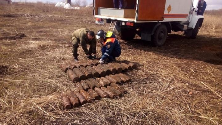 На полигоне в Тербунах уничтожили 50 артиллерийских снарядов