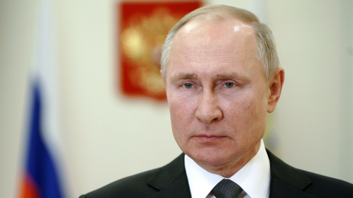 Доход президента Владимира Путина в 2020 году составил почти 10 млн рублей
