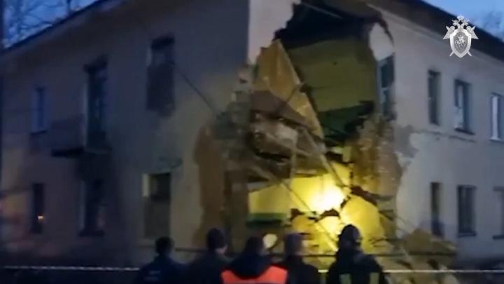 Более сорока человек эвакуировано из дома с обрушившейся стеной в Канске