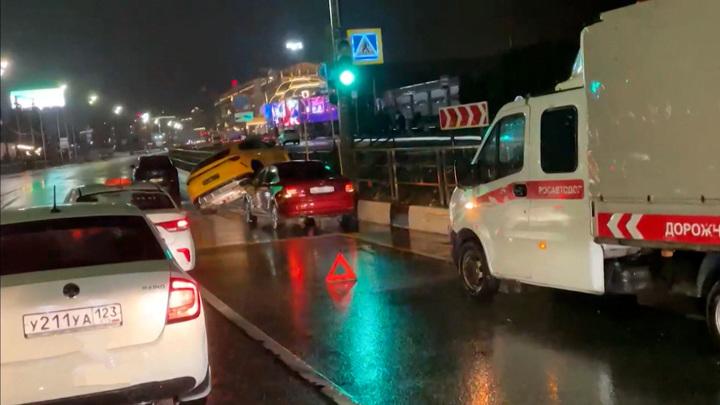 Прокатились за 20 миллионов: сверхдорогая авария в Сочи