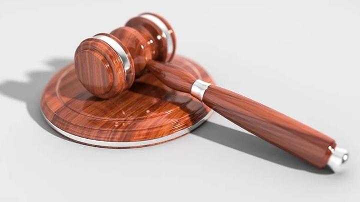 Ярославца, убившего знакомого из-за телефона и 3 тысяч рублей, осудили на 15 лет