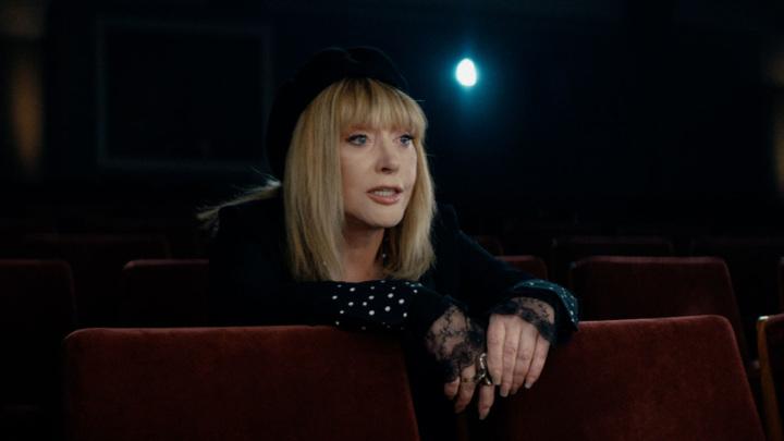 Пугачева назвала Манижу личностью, но изменила бы ее песню