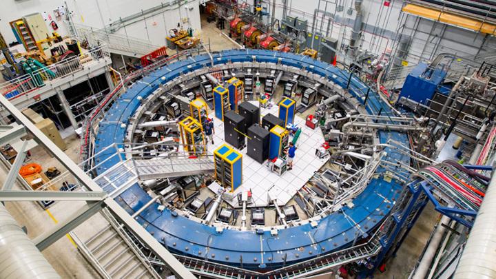 Мюоны действуют как окно в субатомный мир: они могут взаимодействовать с ещё не открытыми частицами или силами.