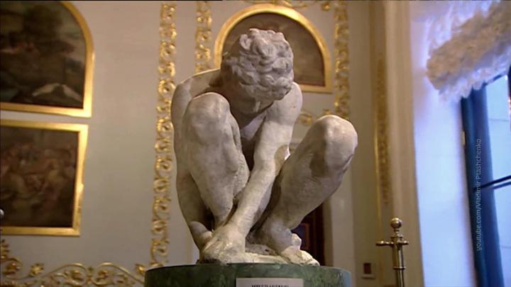 Директор Эрмитажа ответил на жалобы на обнаженные скульптуры в музее