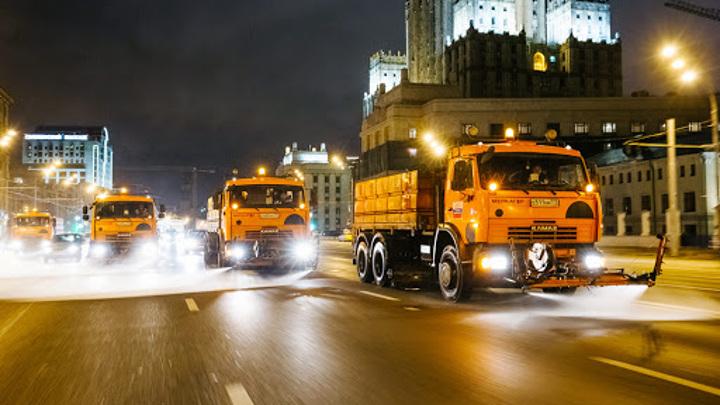 В Москве сегодня во второй раз после зимы промоют дороги со специальным шампунем
