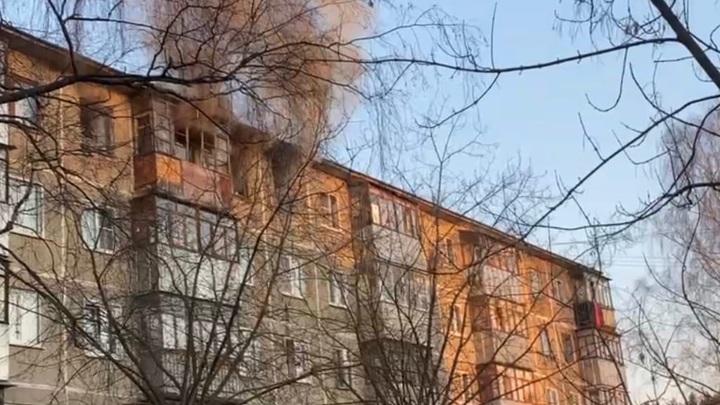 Следователи организовали проверку по факту гибели на пожаре в Иванове двух человек