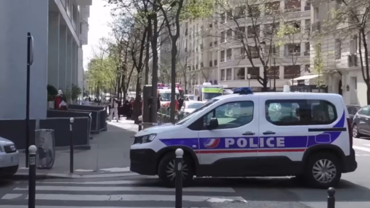 Стрельба в Париже могла быть результатом бандитских разборок