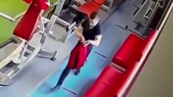 Убийца криминального авторитета скрылся с места на московском автобусе