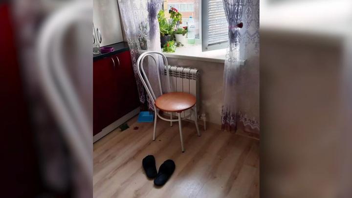 Пенсионер из Марий Эл выпрыгнул из окна третьего этажа