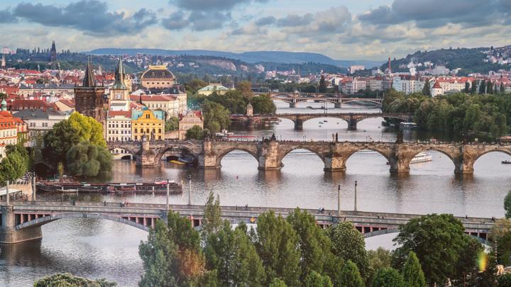 Почему США и Чехия попали в российский список недружественных стран