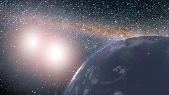 Под двойными солнцами может рождаться жизнь, уверены эксперты.