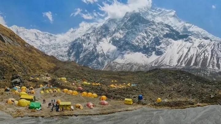 В Непале обнаружили трех пропавших российских альпинистов