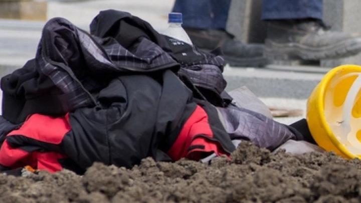Рабочий сорвался с высоты из-за неисправного троса на предприятии в Башкирии