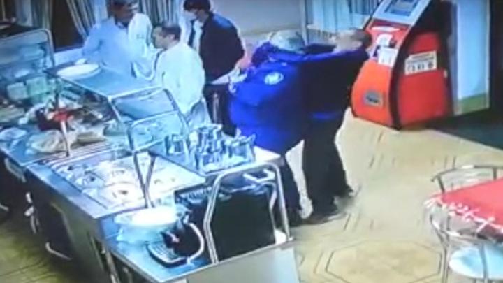 Покушение на работника прокуратуры в Черкесске попало на видео