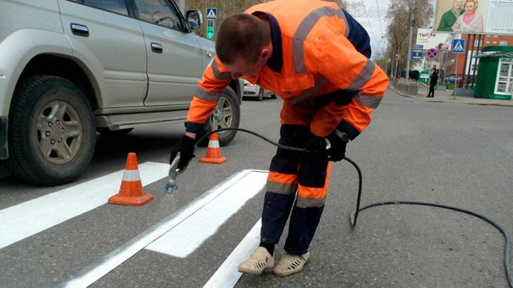 Более 100 млн рублей дополнительно получил Томск на ремонт дорог по нацпроекту