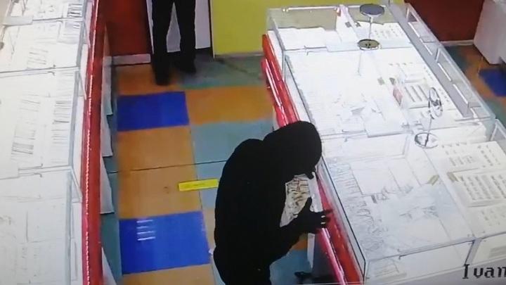 Дело о нападении на ювелирный магазин в Иванове передали в суд