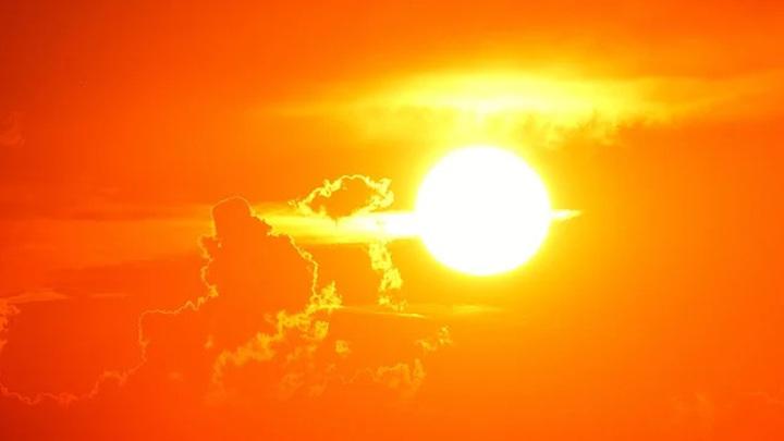 На Солнце зафиксировали необычные взрывы
