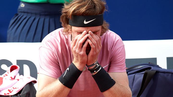 Рублев покинул турнир в Мадриде, проиграв Изнеру