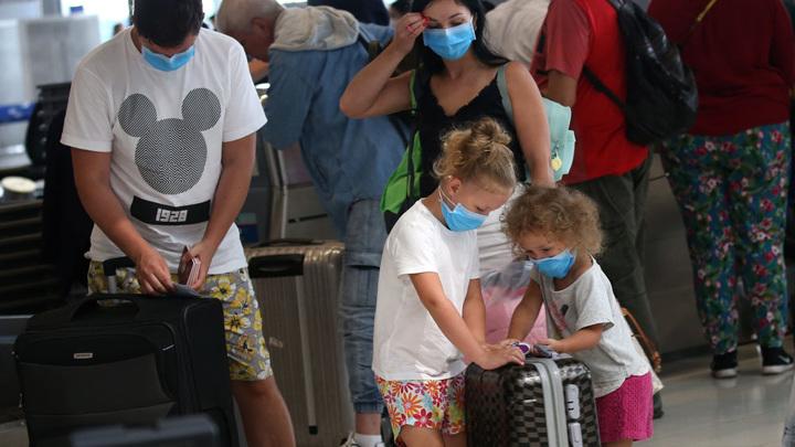 В Таиланде наградили россиян за помощь во время пандемии