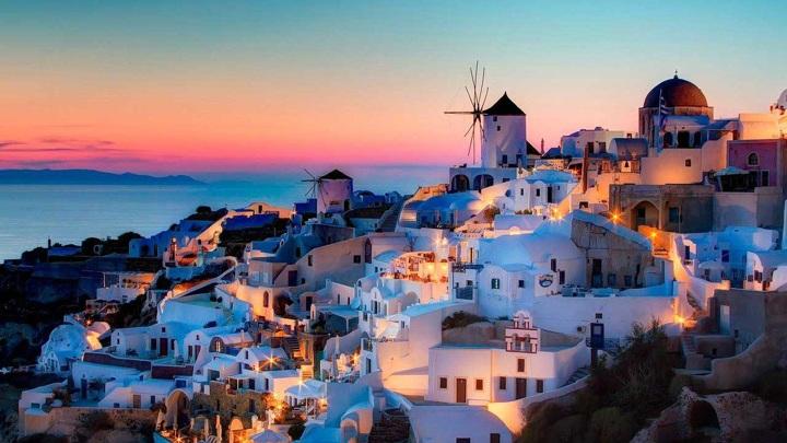 Греция отменила карантин для россиян при въезде