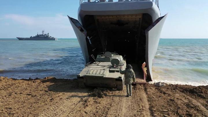 В Тихом океане прошли учения российского флота и дальней авиации