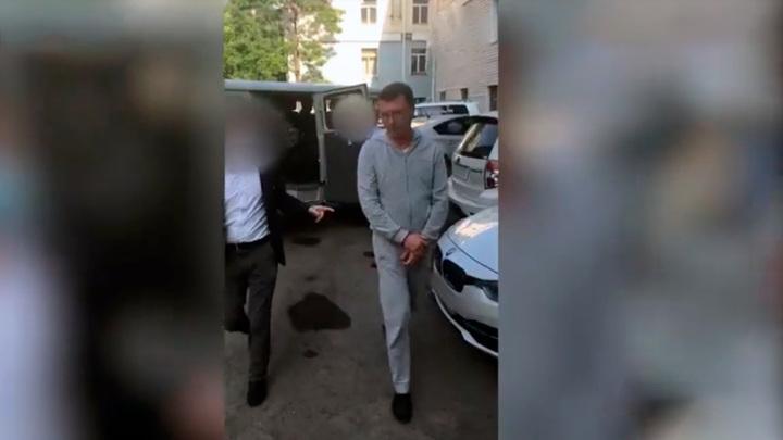 Суд нашел нарушения в уголовном деле экс-директора Приморского океанариума