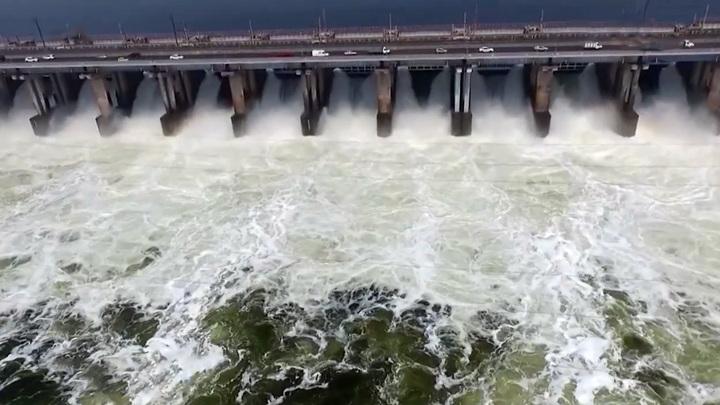 Волжская ГЭС выходит на максимальный уровень сброса воды