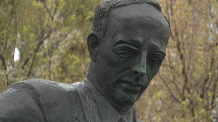 В Москве открыли памятник основателю Союза архитекторов СССР Каро Алабяну