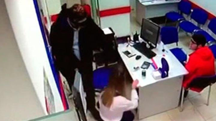 В Петербурге задержали серийных грабителей банков