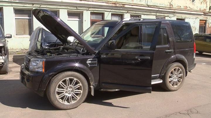 Продажи автомобилей в России упали на 22,6%