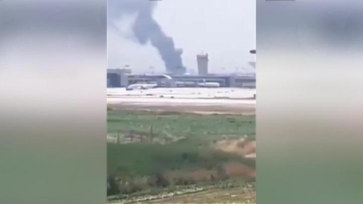 Пожар у аэропорта Бен-Гурион может перекинуться на дома