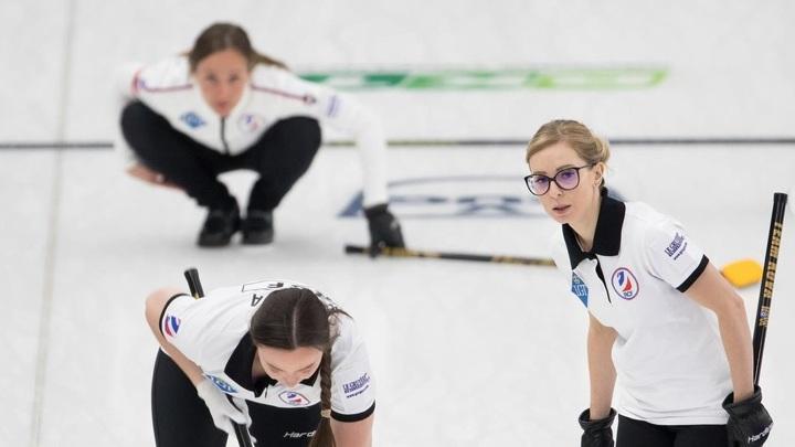 Российские керлингистки впервые оступились на чемпионате мира