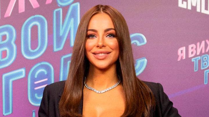 Ани Лорак предлагают миллион рублей за откровенную съемку