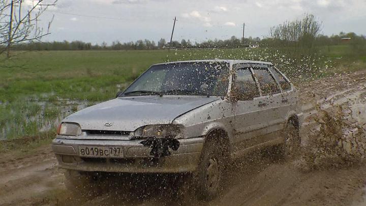 Как выбраться из грязи и песка без помощи техники