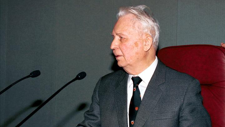 В Москве скончался Егор Лигачёв