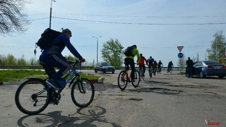 Тамбовские росгвардейцы провели велопробег в честь 76-летия Великой Победы