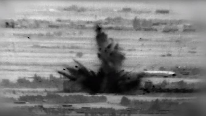Архивный кадр атаки на Сирию