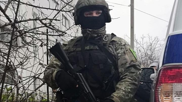 В Симферополе оцепили здание колледжа КФУ после сигнала о минировании