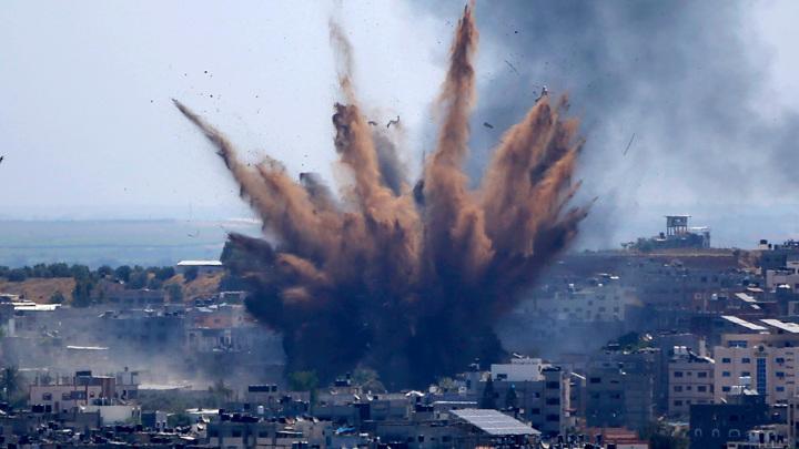 ХАМАС продолжил наносить удары по Израилю. Целью стал аэропорт
