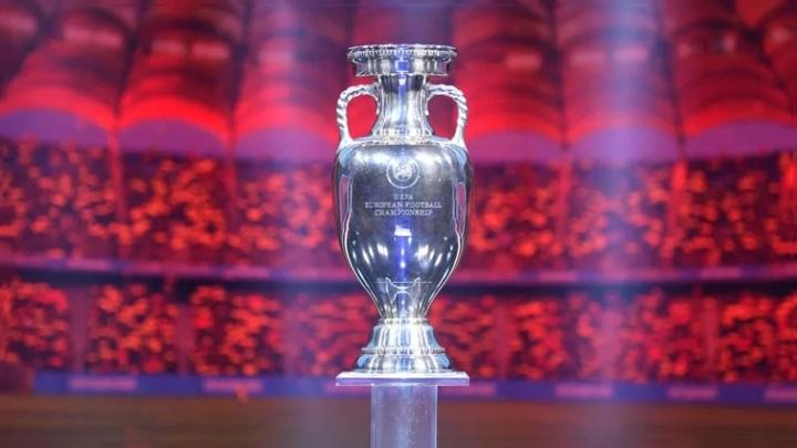 В Россию привезут трофей чемпионата Европы по футболу
